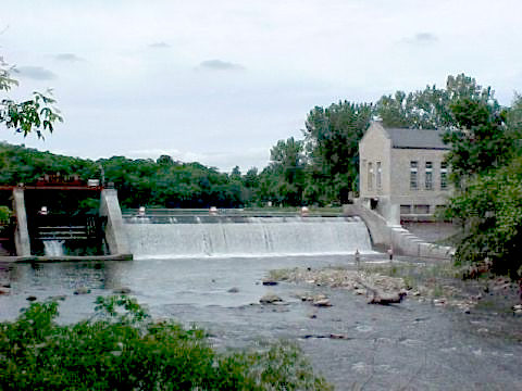 Small Mitchell Dam Photo